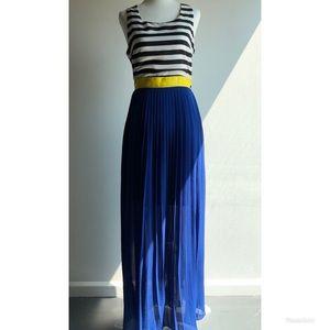 Color block maxi dress w/ open back